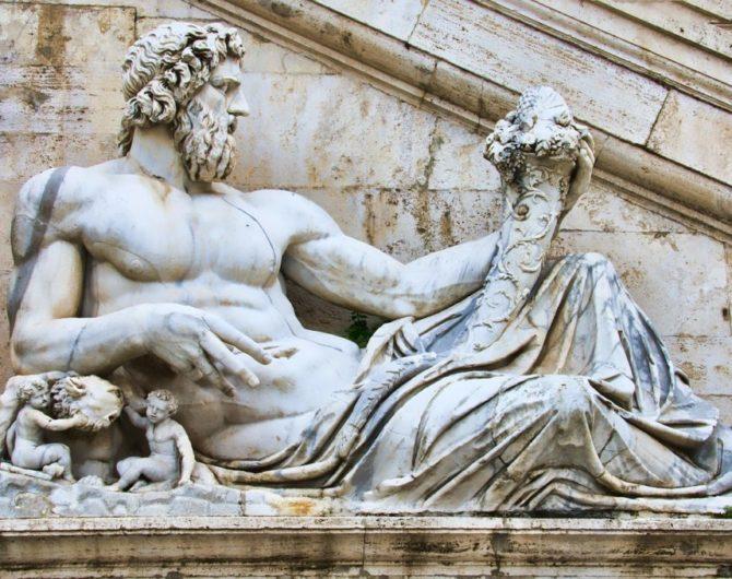 Roma statua di marmo